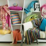 текстил-цвят и мекота във всекидневната
