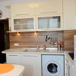 шкафове за кухня в бяло